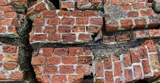 Les fissures de fondation les plus dangereuses